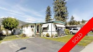 Okanagan Falls Above Garage Suite for sale: Peach Cliff Estates Studio 1,089 sq.ft. (Listed 2019-05-03)